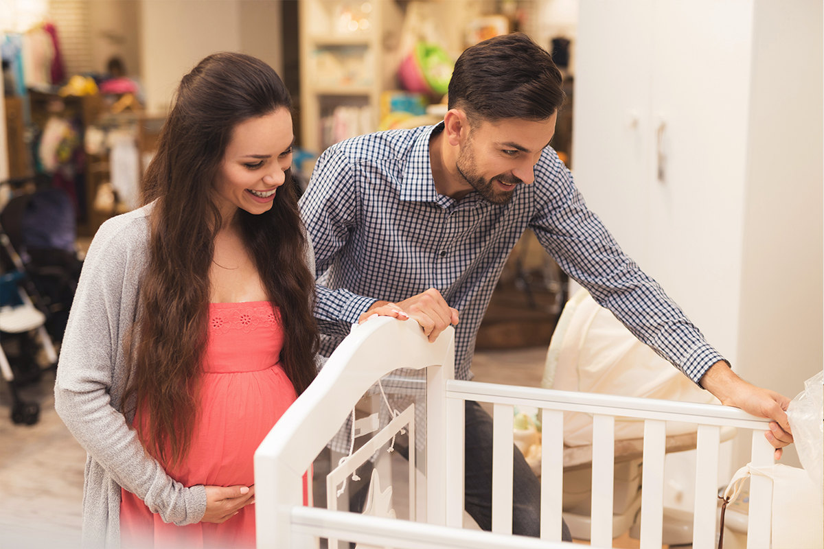 Expecting parents shopping for an eco-friendly and safe crib.